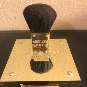 Michael Kors Bronzing Blush/Powder in color Flush